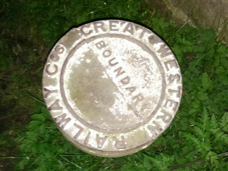 GWR Boundary Post